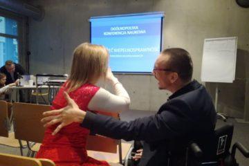 """Ogólnopolska Konferencja Naukowa """"Zrozumieć niepełnosprawność. Doświadczenia młodych badaczy"""". Wydarzenie, na które czekałem ponad dekadę"""